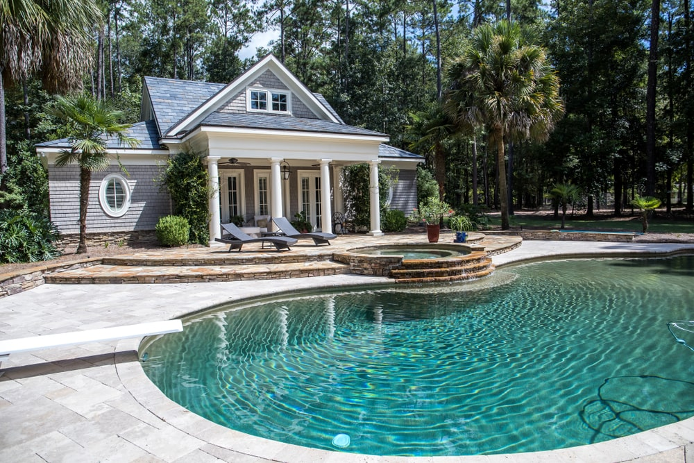 Backyard Pool Design Ideas That Are Both Affordable and Appealing
